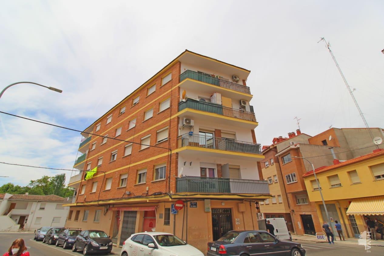 Piso en venta en Centro, Guadalajara, Guadalajara, Calle Perú, 55.000 €, 3 habitaciones, 1 baño, 68 m2