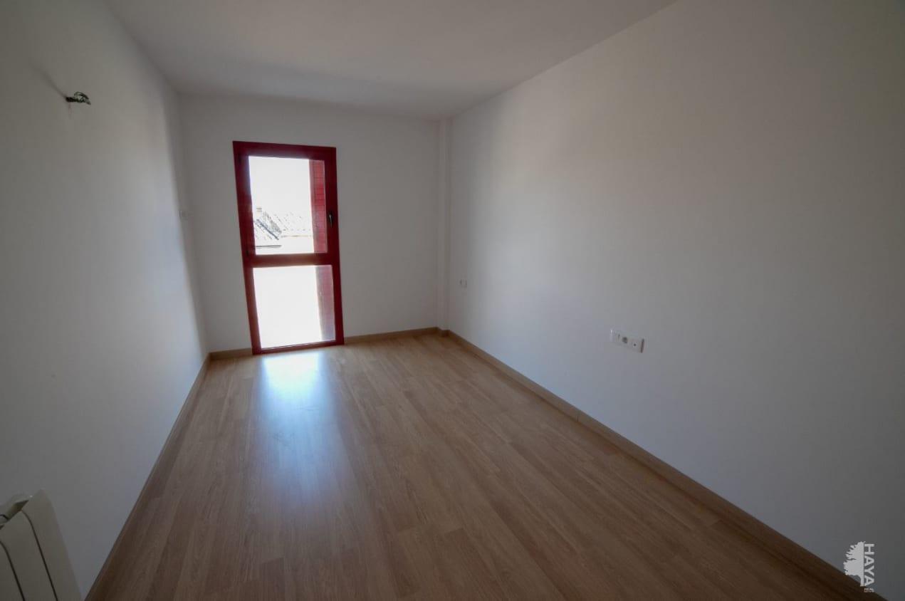 Piso en venta en Piso en Cassà de la Selva, Girona, 160.000 €, 3 habitaciones, 2 baños, 105 m2