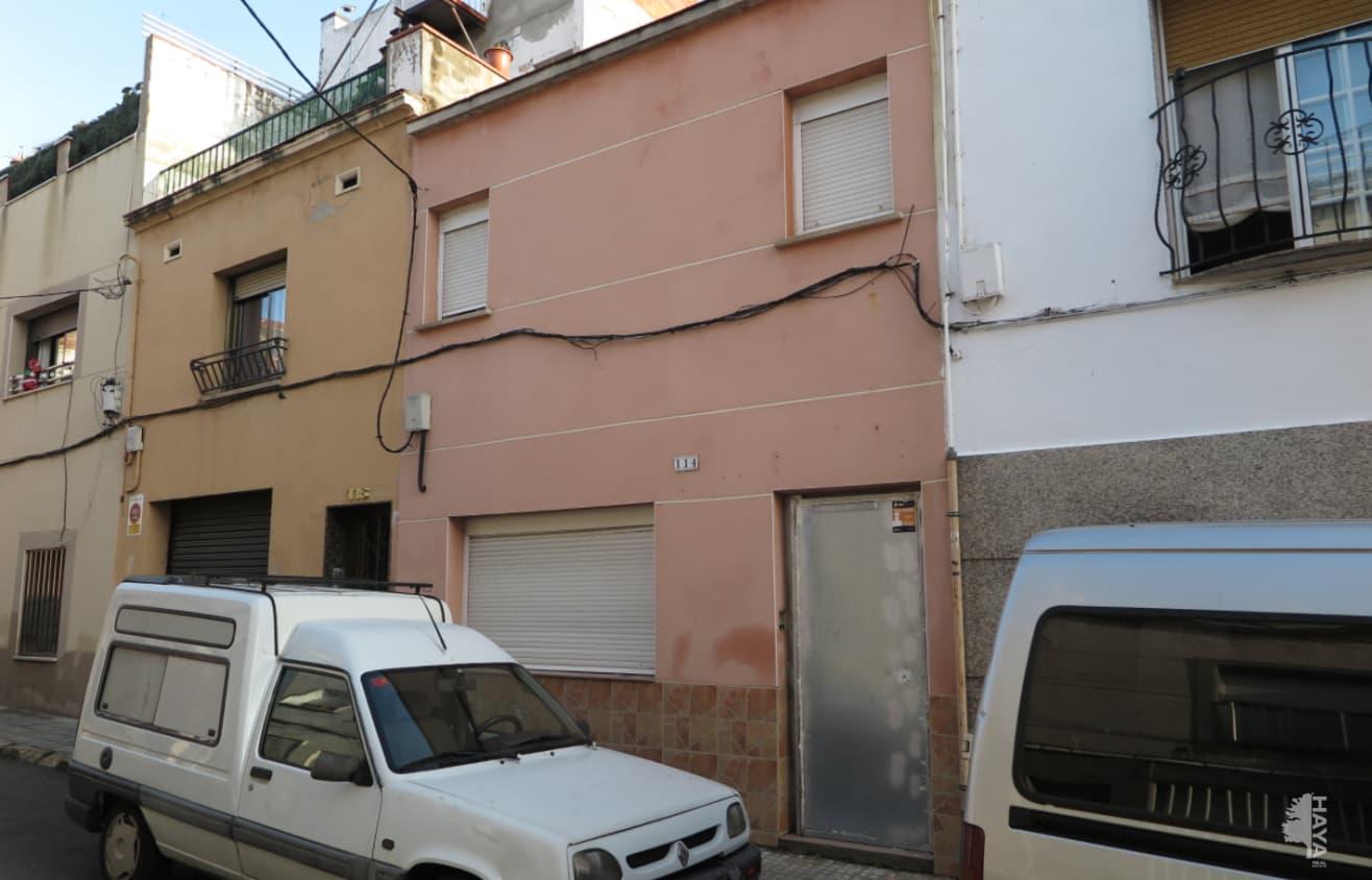 Casa en venta en Terrassa, Barcelona, Calle Santa Llucia, 151.800 €, 4 habitaciones, 2 baños, 133 m2
