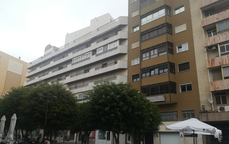 Piso en venta en Oliveros, Almería, Almería, Plaza Marques Heredia, 316.100 €, 4 habitaciones, 2 baños, 143 m2