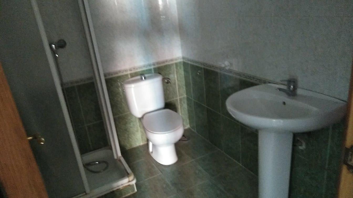 Piso en venta en Piso en Quintanar del Rey, Cuenca, 130.000 €, 3 habitaciones, 2 baños, 170 m2, Garaje