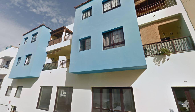 Piso en venta en Gran Tarajal, Tuineje, Las Palmas, Calle Maxorata, 107.000 €, 3 habitaciones, 2 baños, 94 m2