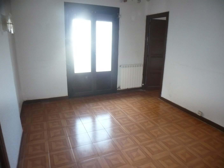 Piso en venta en Piso en Logroño, La Rioja, 64.900 €, 5 habitaciones, 1 baño, 107 m2