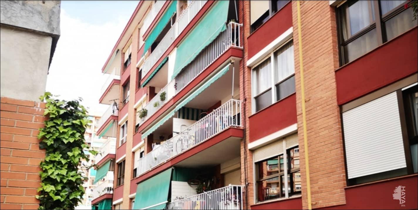 Piso en venta en Sant Antoni de Llefià, Badalona, Barcelona, Calle Guasch, 178.100 €, 3 habitaciones, 1 baño, 65 m2