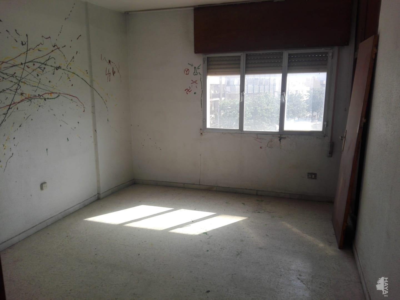 Piso en venta en Piso en Roquetas de Mar, Almería, 72.000 €, 2 habitaciones, 1 baño, 116 m2