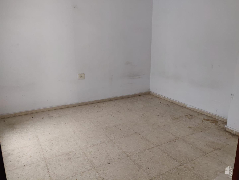 Piso en venta en Piso en El Ejido, Almería, 54.000 €, 3 habitaciones, 1 baño, 108 m2