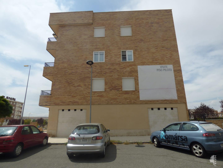 Local en venta en Ávila, Ávila, Calle Victimas del Terrorismo, 54.000 €, 140 m2
