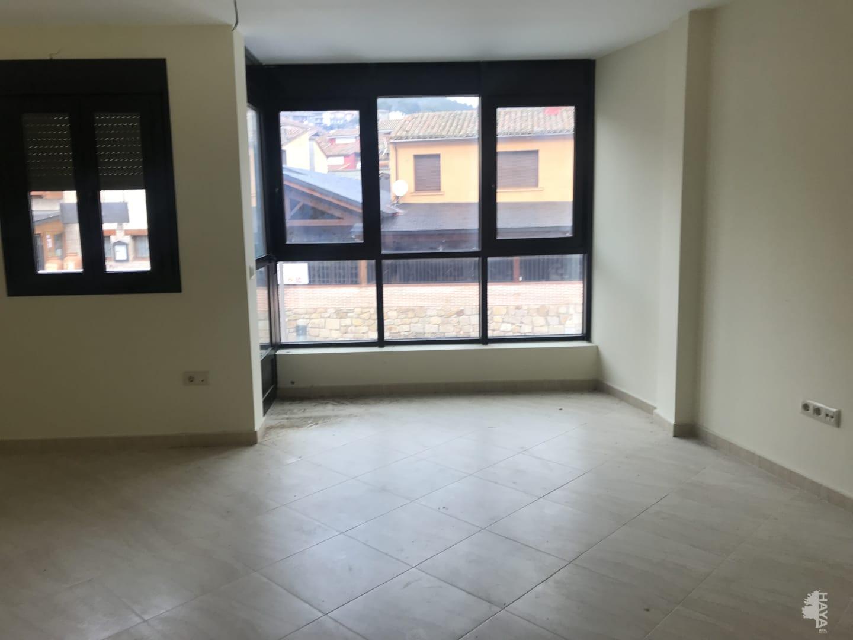 Piso en venta en Piedralaves, Piedralaves, Ávila, Avenida Castilla de Leon, 52.000 €, 3 habitaciones, 2 baños, 97 m2