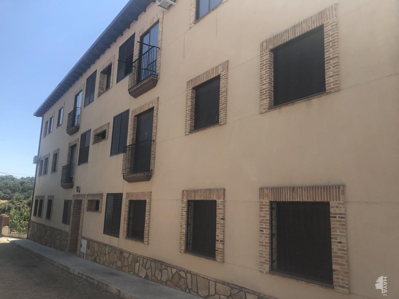 Piso en venta en La Adrada, Ávila, Travesía Juego Bola, 68.000 €, 3 habitaciones, 2 baños, 99 m2