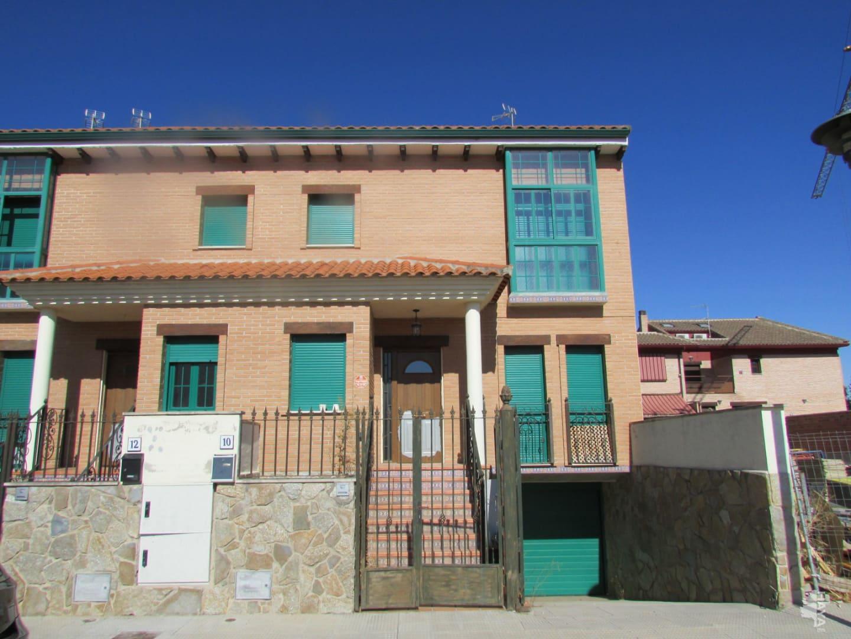 Casa en venta en Talavera de la Reina, Toledo, Calle los Turieles, 293.805 €, 4 habitaciones, 3 baños, 265 m2