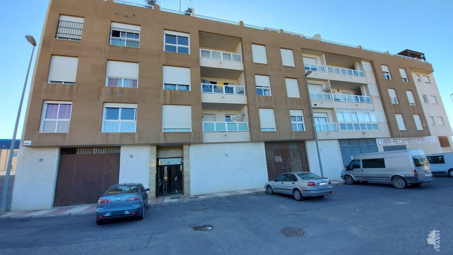 Piso en venta en Los Depósitos, Roquetas de Mar, Almería, Calle Biescas, 78.000 €, 3 habitaciones, 1 baño, 97 m2