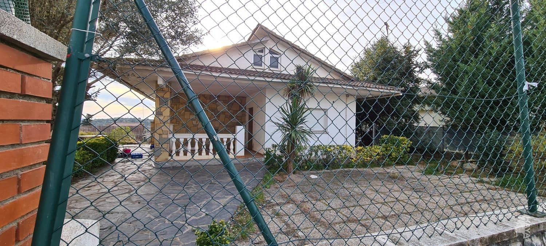 Casa en venta en Cànoves I Samalús, Barcelona, Avenida Mirador, 330.700 €, 4 habitaciones, 1 baño, 140 m2