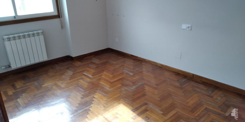 Piso en venta en Piso en León, León, 87.000 €, 3 habitaciones, 1 baño, 70 m2