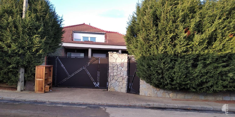 Piso en venta en Valdelafuente, Valdefresno, León, Calle Juan Casillas, 238.300 €, 1 baño, 282 m2