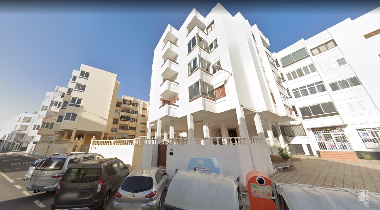 Piso en venta en La Vega, Arrecife, Las Palmas, Calle Triana, 91.400 €, 3 habitaciones, 100 m2