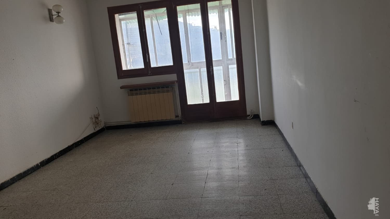 Piso en venta en Piso en Puig-reig, Barcelona, 38.000 €, 3 habitaciones, 1 baño, 78 m2
