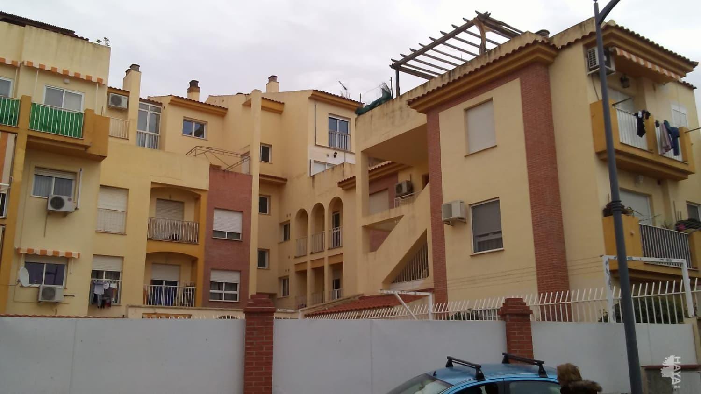 Piso en venta en Gójar, Granada, Avenida Carmen Morcillo, 83.600 €, 3 habitaciones, 2 baños, 108 m2