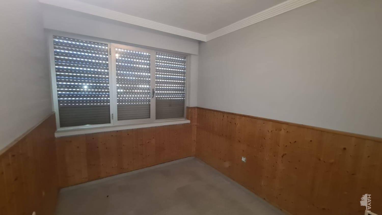 Piso en venta en Piso en la Línea de la Concepción, Cádiz, 97.100 €, 3 habitaciones, 1 baño, 85 m2