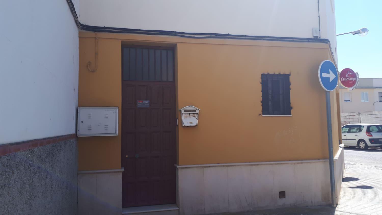 Piso en venta en Piso en Marchena, Sevilla, 78.000 €, 1 habitación, 1 baño, 79 m2