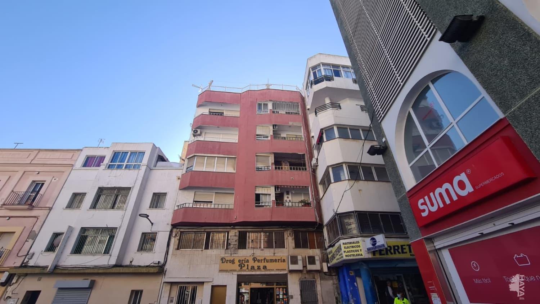 Piso en venta en Algeciras, Cádiz, Plaza Nuestra Señora de la Palma, 84.700 €, 4 habitaciones, 1 baño, 121 m2