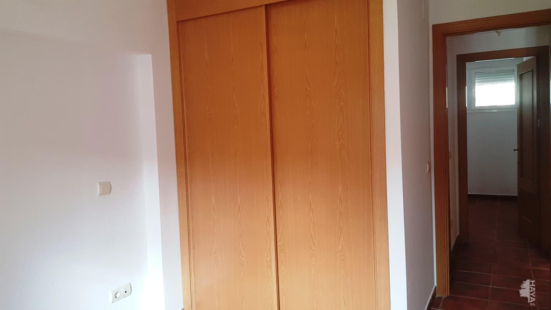 Piso en venta en Piso en Burguillos de Toledo, Toledo, 74.900 €, 2 habitaciones, 1 baño, 76 m2