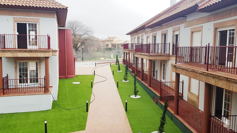 Piso en venta en Piso en Burguillos de Toledo, Toledo, 81.100 €, 2 habitaciones, 1 baño, 82 m2