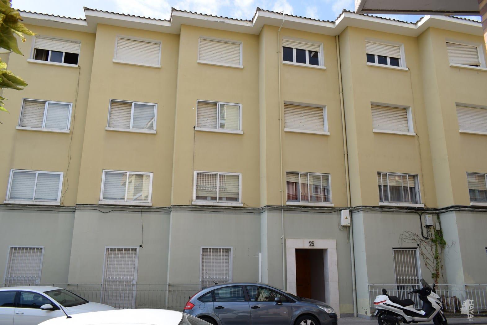 Piso en venta en Barbastro, Barbastro, Huesca, Calle San Juan de la Peña, 54.000 €, 4 habitaciones, 1 baño, 111 m2