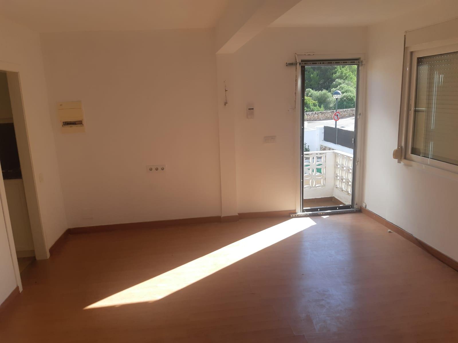Piso en venta en Ciutadella de Menorca, Baleares, Calle Des Capsigrany-son Carrio, 155.000 €, 2 habitaciones, 1 baño, 54 m2
