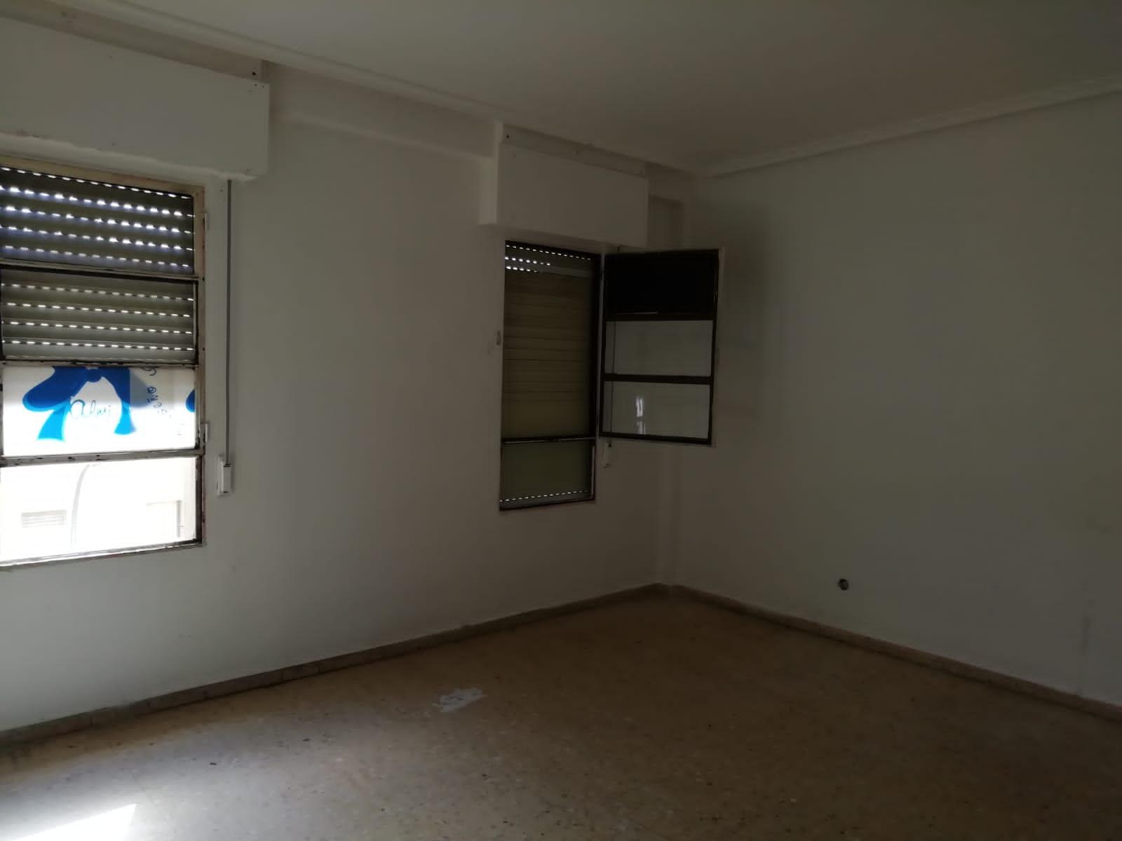 Piso en venta en Casa del Cordobés, Villacañas, Toledo, Calle Gabriel Y Galán, 45.000 €, 3 habitaciones, 1 baño, 82 m2