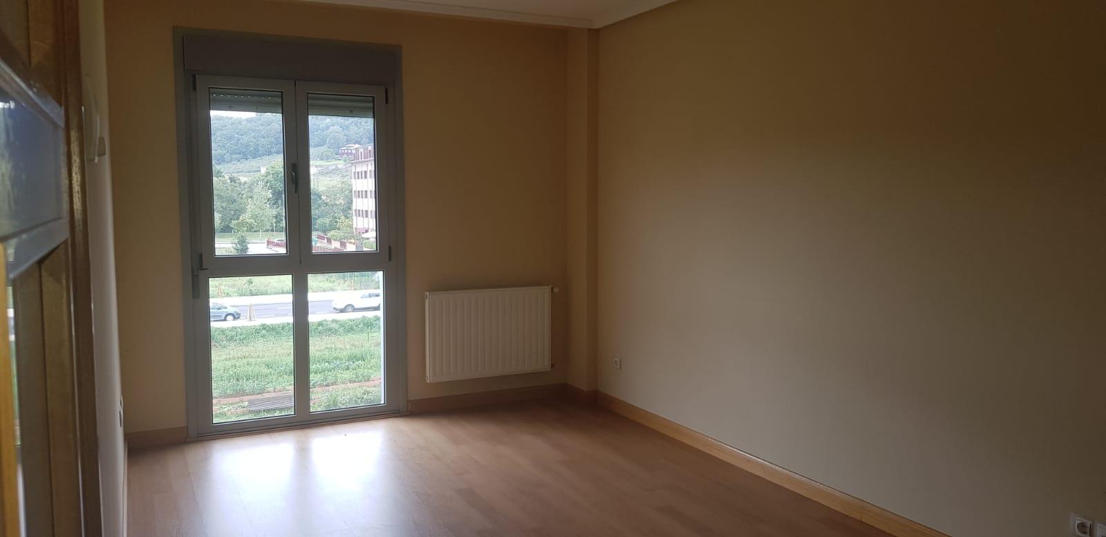 Piso en venta en Villaviciosa, Asturias, Calle del Cantu, 112.000 €, 3 habitaciones, 2 baños, 79,34 m2