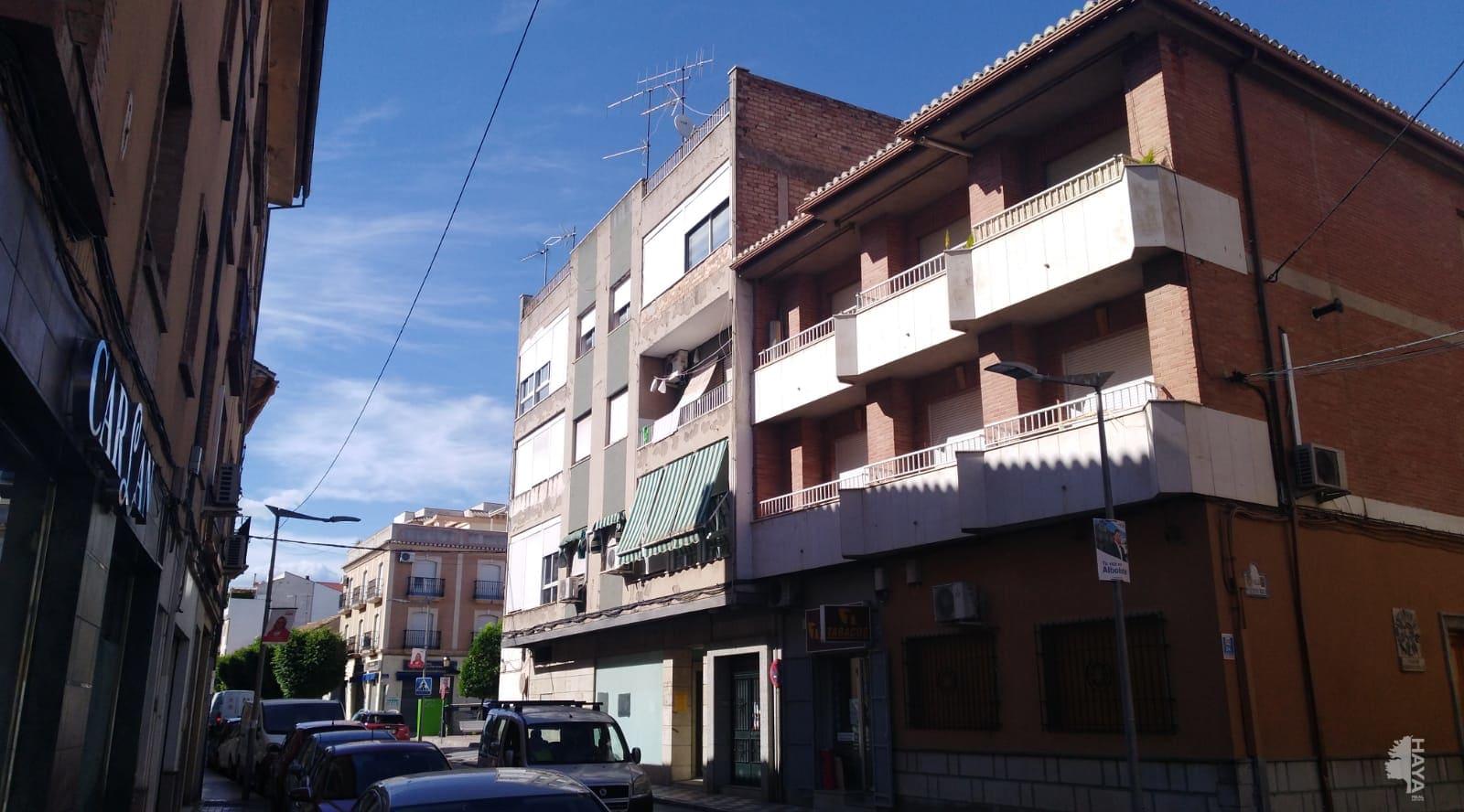 Piso en venta en Albolote, Granada, Calle Real, 74.000 €, 3 habitaciones, 1 baño, 97 m2