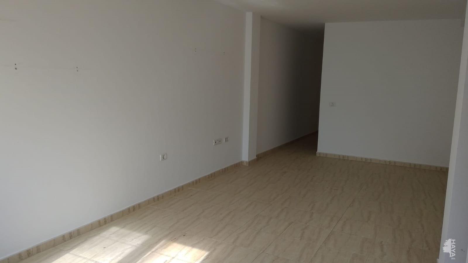Piso en venta en Agüimes, Las Palmas, Calle Bentagocha, 82.000 €, 2 habitaciones, 1 baño, 75 m2