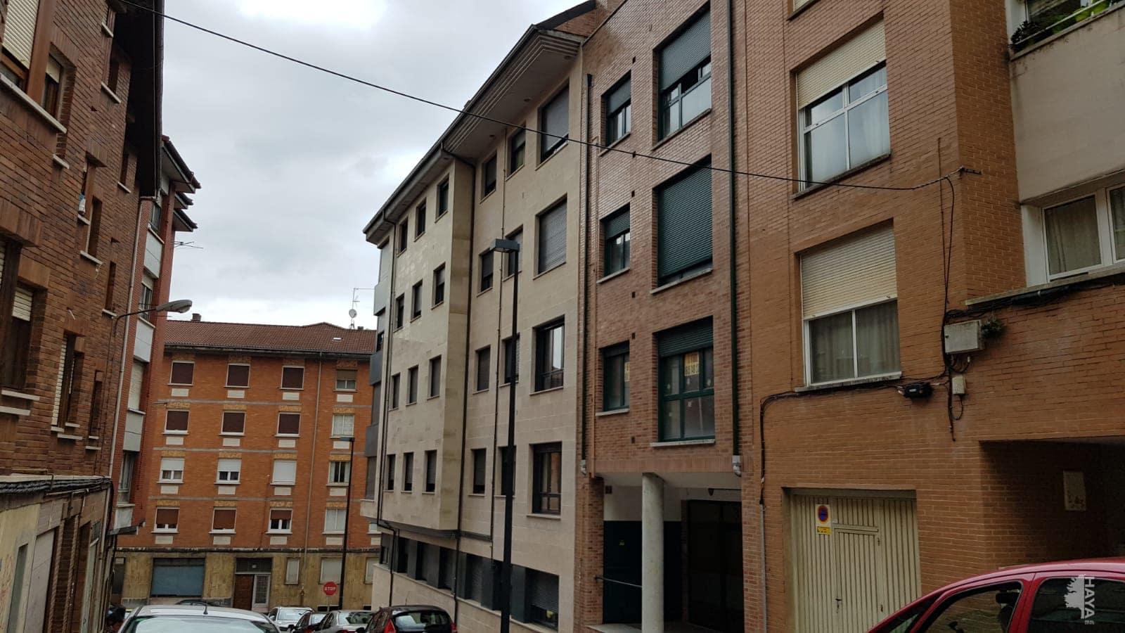 Piso en venta en Lena, Asturias, Calle Monte Ablanedo, 71.000 €, 3 habitaciones, 1 baño, 123 m2