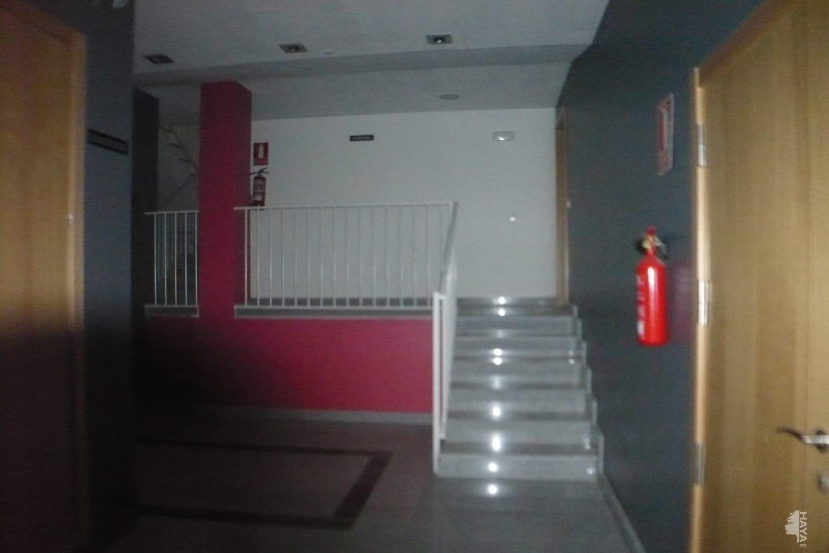 Piso en venta en Piso en Agoncillo, La Rioja, 50.000 €, 2 habitaciones, 1 baño, 69 m2