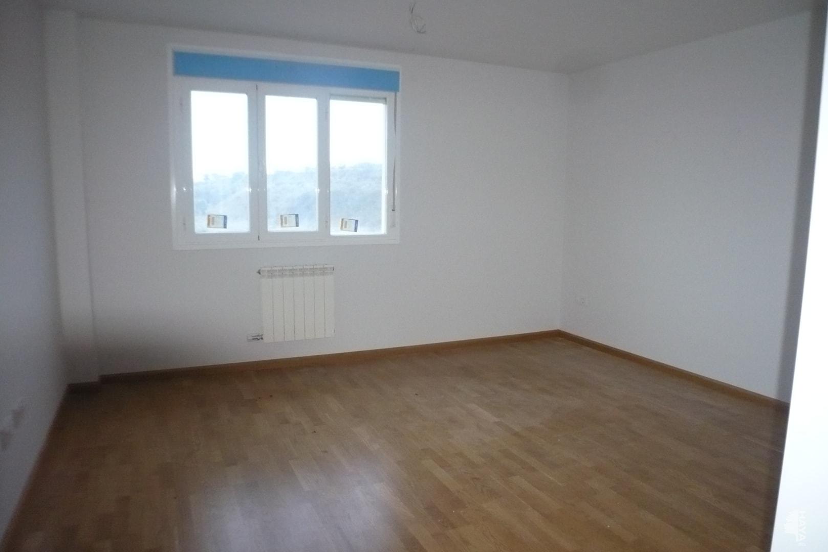 Piso en venta en Piso en Agoncillo, La Rioja, 51.000 €, 2 habitaciones, 1 baño, 62 m2