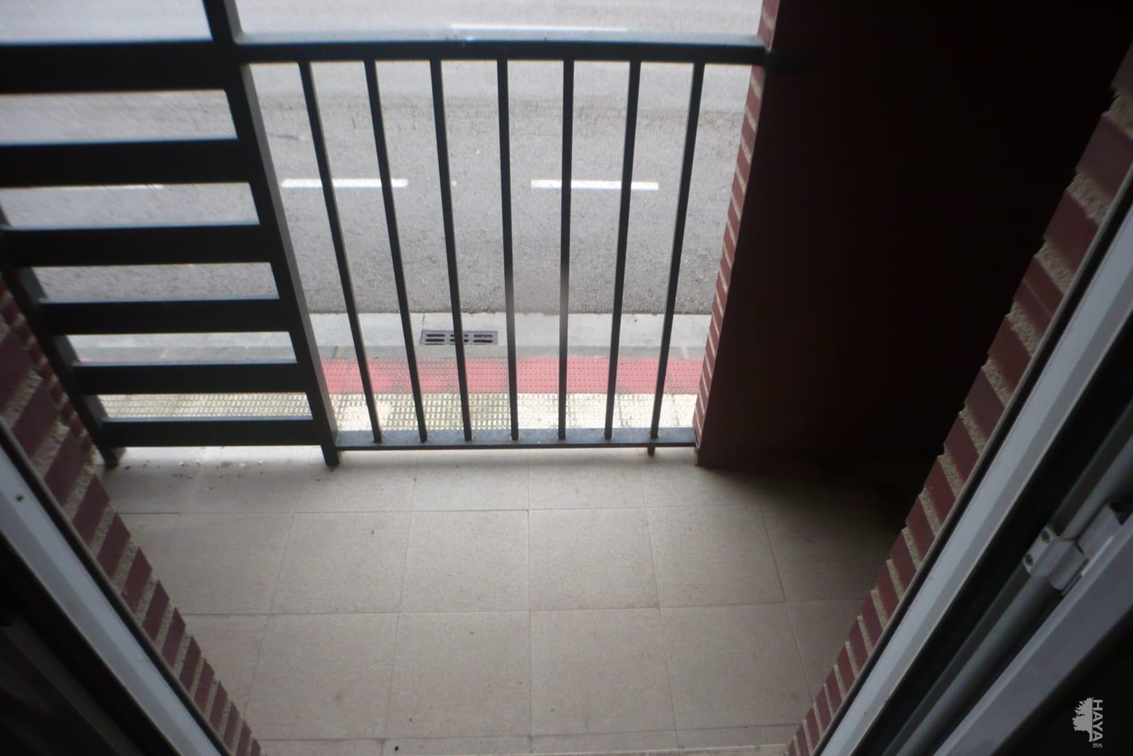 Piso en venta en Piso en Agoncillo, La Rioja, 59.000 €, 3 habitaciones, 2 baños, 1 m2