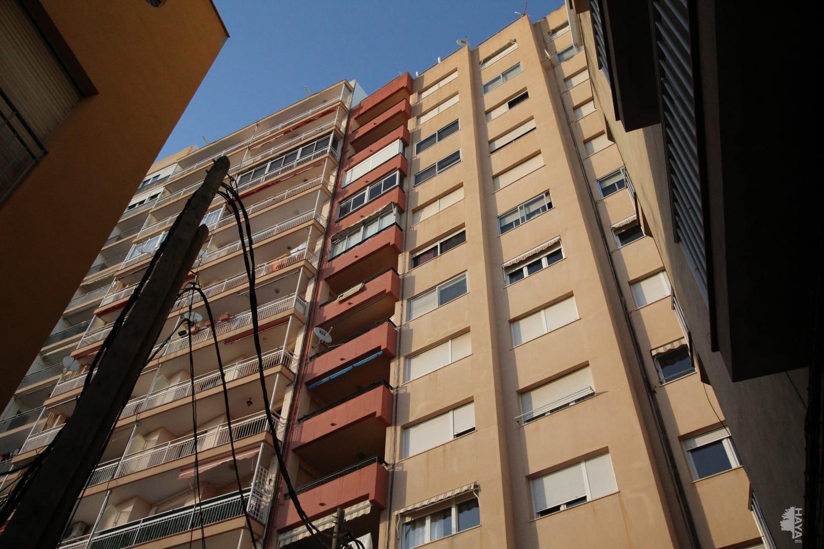 Piso en venta en Vinaròs, Castellón, Calle Almas, 92.000 €, 3 habitaciones, 2 baños, 106 m2