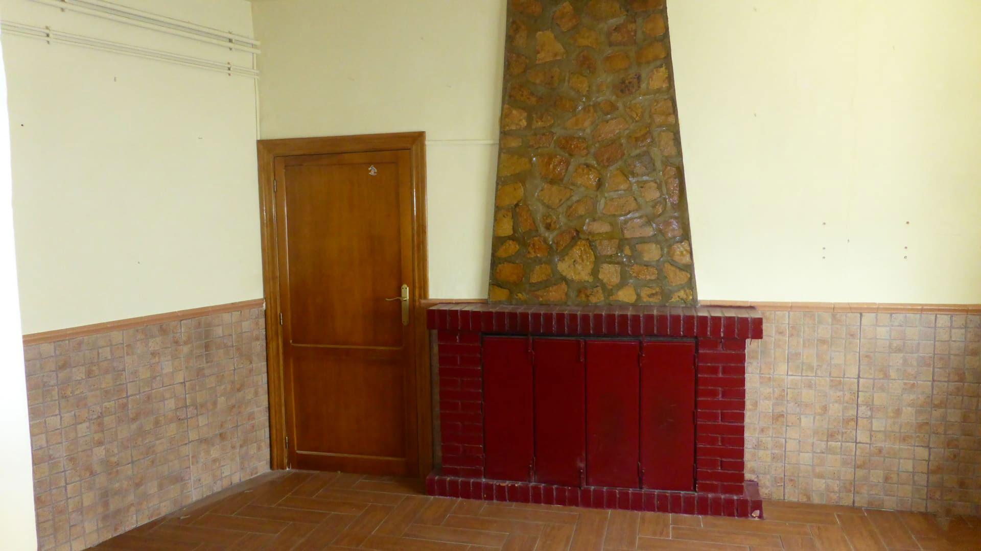 Casa en venta en Casa en Campo de Criptana, Ciudad Real, 116.811 €, 4 habitaciones, 2 baños, 269 m2, Garaje