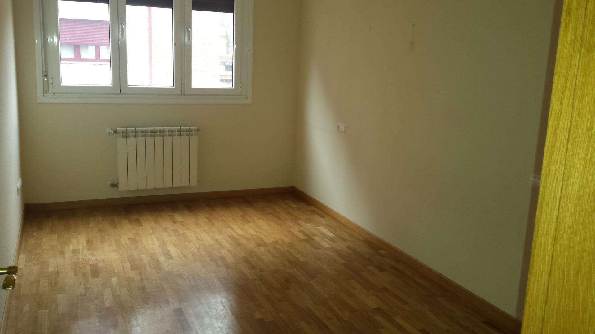Piso en venta en Piso en Gijón, Asturias, 94.145 €, 2 habitaciones, 2 baños, 96 m2