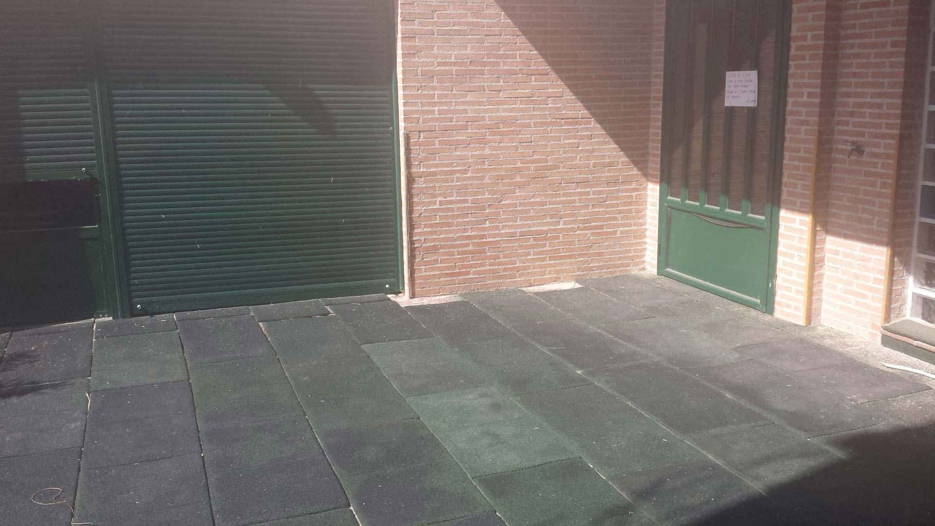 Edificio en venta en Edificio en Fuensalida, Toledo, 283.018 €, 250 m2