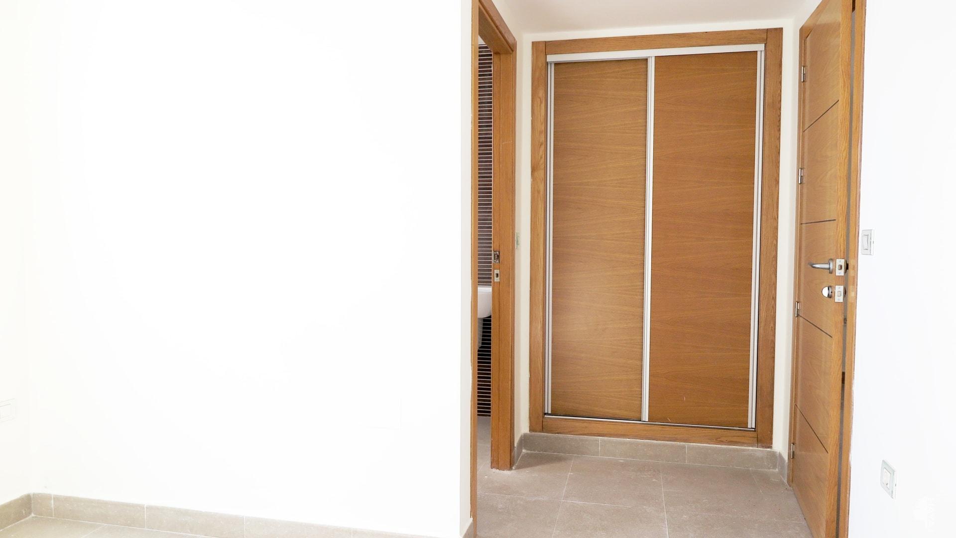 Piso en venta en Piso en San Javier, Murcia, 93.000 €, 2 habitaciones, 2 baños, 63 m2, Garaje