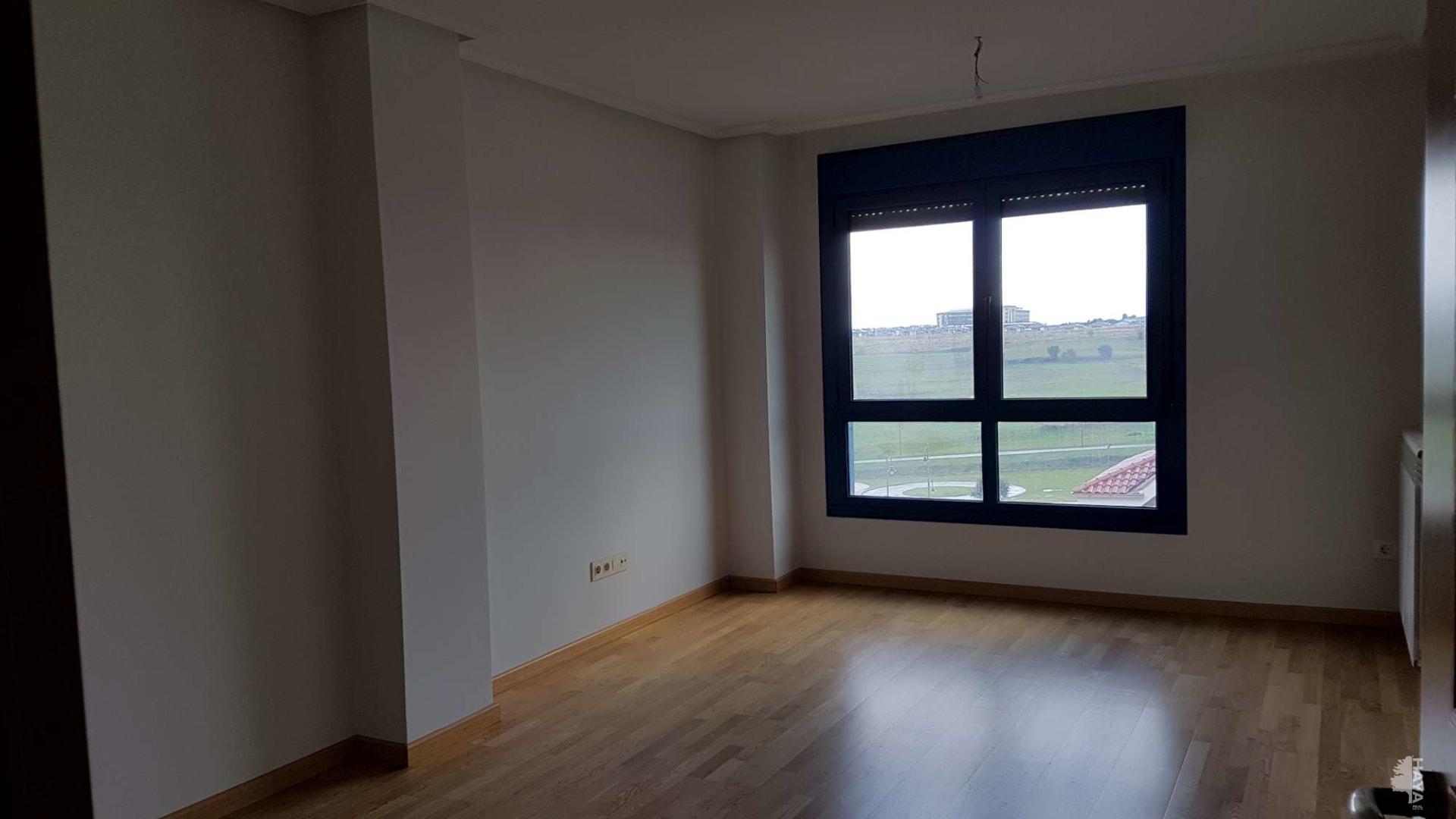 Piso en venta en Piso en Corvera de Asturias, Asturias, 90.000 €, 2 habitaciones, 1 baño, 103 m2