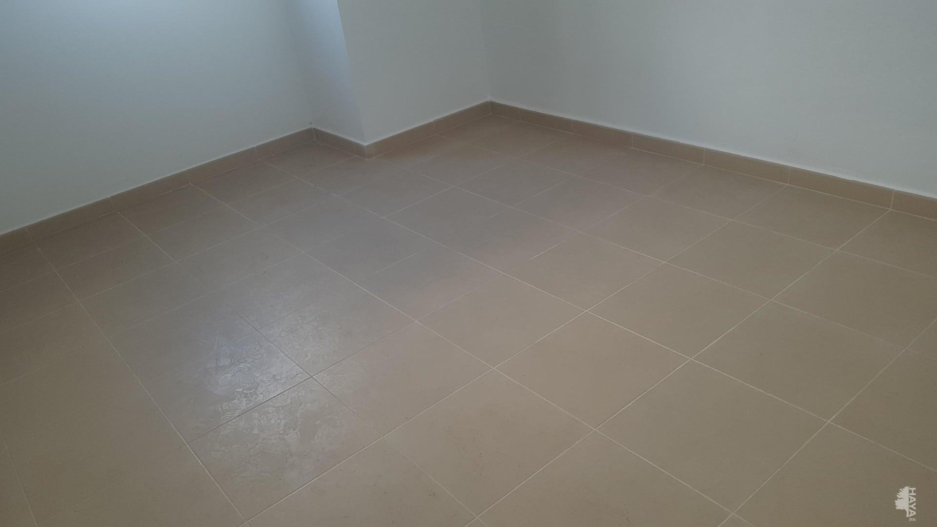 Piso en venta en Piso en Moncofa, Castellón, 62.000 €, 2 habitaciones, 1 baño, 93 m2