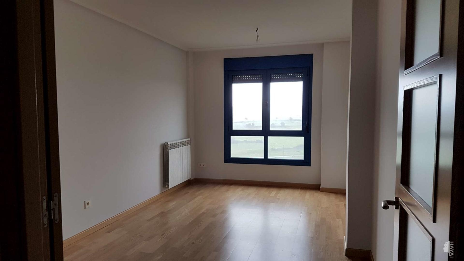Piso en venta en Piso en Corvera de Asturias, Asturias, 100.000 €, 3 habitaciones, 1 baño, 89 m2