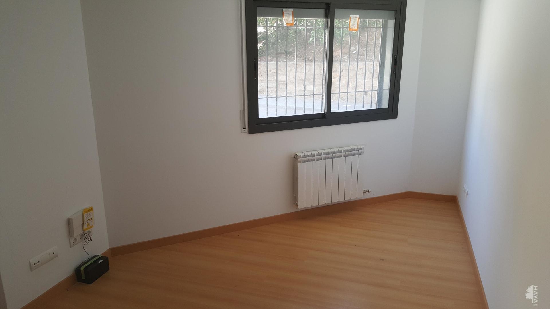 Piso en venta en Puigbò, Sallent, Barcelona, Calle Bisbe Valls, 93.800 €, 3 habitaciones, 1 baño, 77 m2