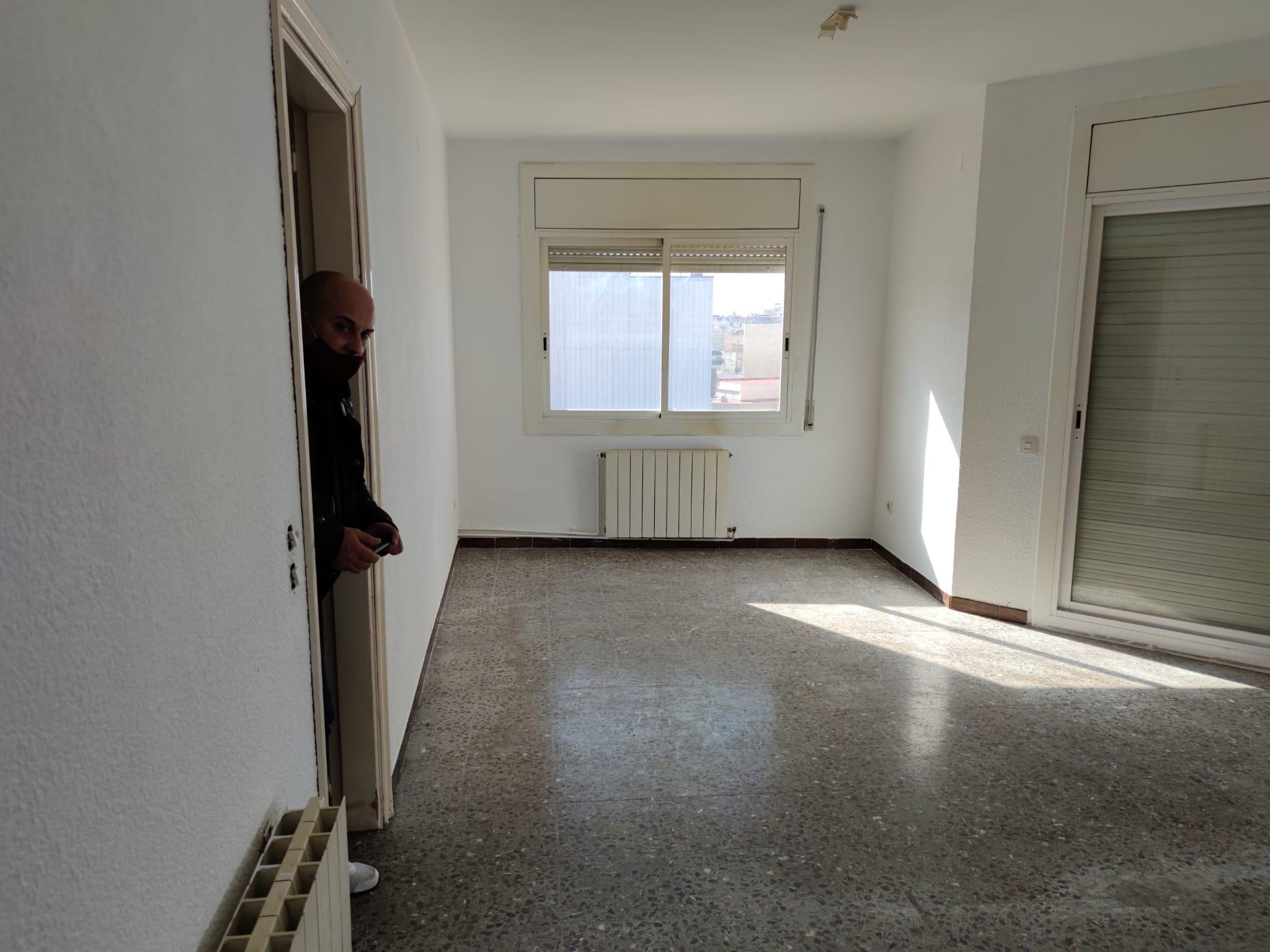 Piso en venta en Les Roquetes del Garraf, Sant Pere de Ribes, Barcelona, Calle  Edisson, 129.000 €, 3 habitaciones, 1 baño, 108 m2