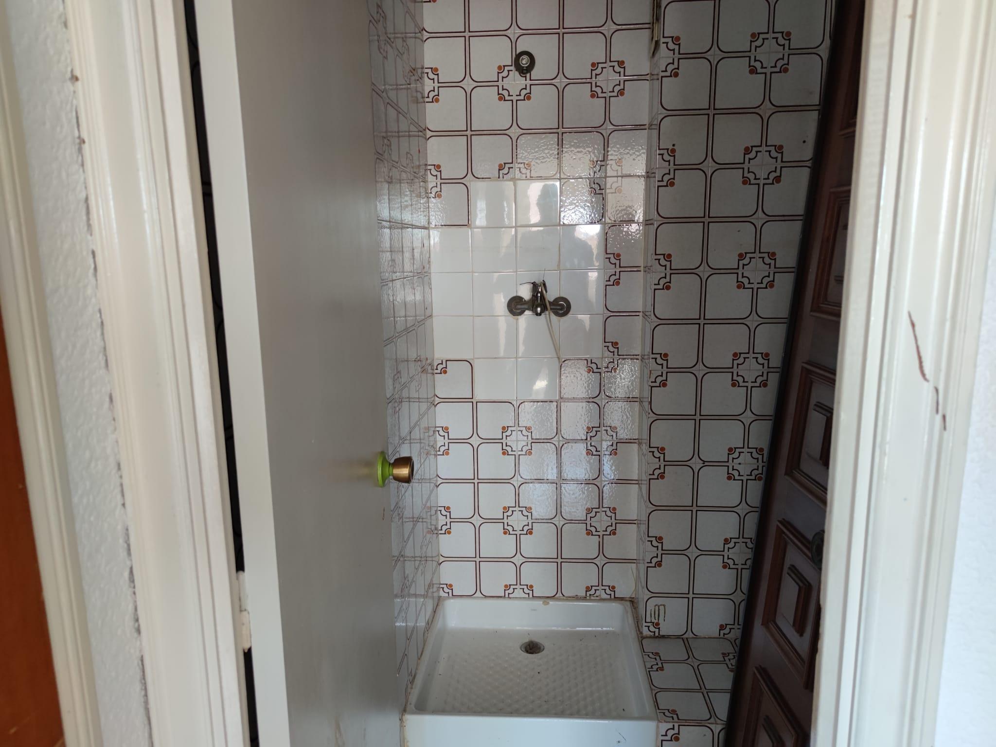 Piso en venta en Piso en Sant Pere de Ribes, Barcelona, 129.000 €, 3 habitaciones, 1 baño, 108 m2