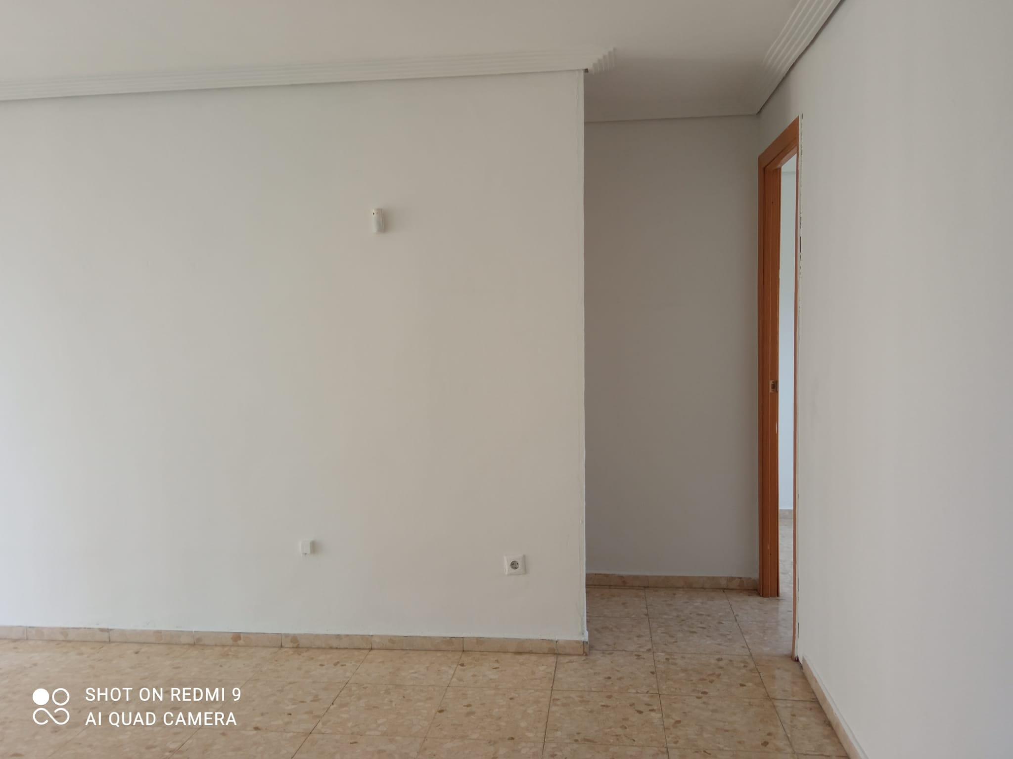 Piso en venta en Piso en Sevilla, Sevilla, 60.000 €, 2 habitaciones, 1 baño, 60 m2