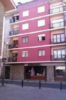 Piso en venta en Mas D`en Candi, Puigcerdà, Girona, Calle Alfons I, 99.500 €, 4 habitaciones, 2 baños, 101 m2