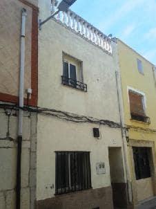 Piso en venta en Alcalà de Xivert, Alcalà de Xivert, Castellón, Calle San Luis, 26.600 €, 4 habitaciones, 1 baño, 134 m2